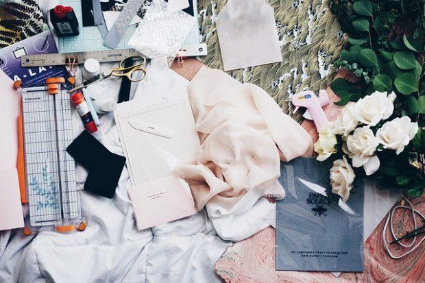 Пошив одежды, цветные ткани