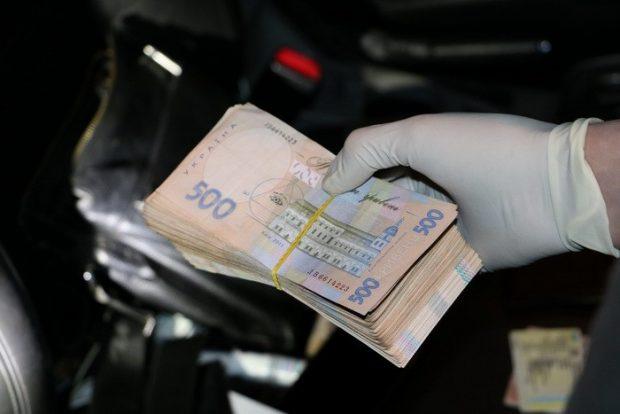 На Харьковщине СБУ разоблачила группу полицейских на «крышевании» наркоторговцев