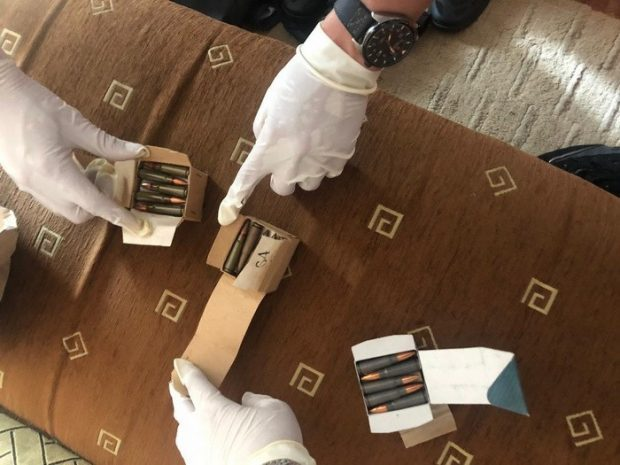 В Харькове СБУ разоблачила чиновника Нацполиции на незаконном сбыте боеприпасов