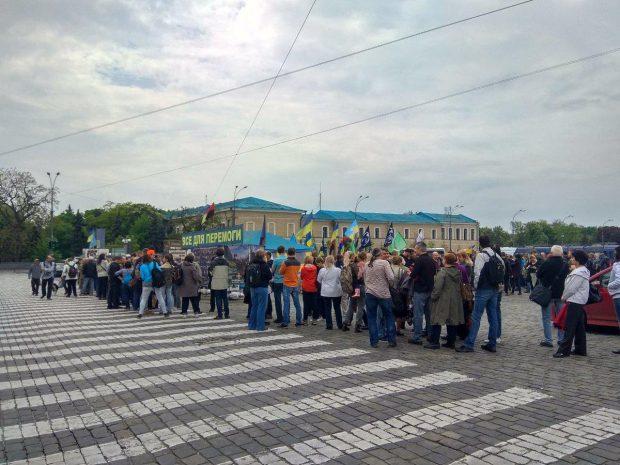 Ирина Геращенко обустроит свою приемную в палатке на площади Свободы