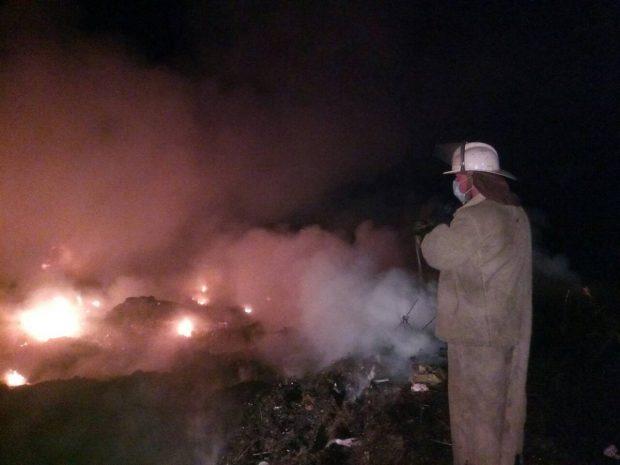 Под Харьковом произошел масштабный пожар на свалке