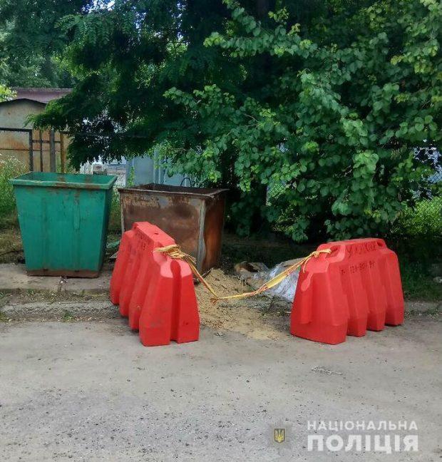 Харьковчанин обнаружил ртуть в мусорном баке