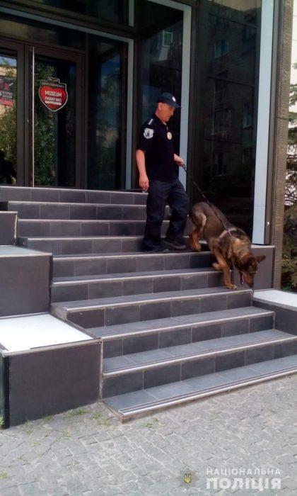 Правоохранители проверили информацию о заминировании 232 объектов в Харькове