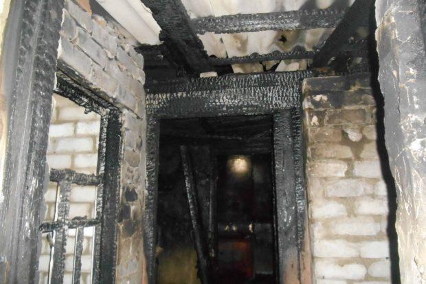Под Харьковом спасатели во время ликвидации пожара обнаружили тело погибшего мужчины