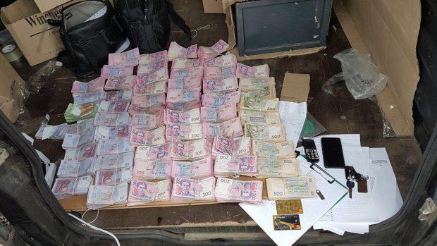 На харьковском предприятии незаконно продали сигареты на 50 миллионов гривен