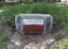 В Харькове второй раз за неделю залили краской памятный знак воинам УПА