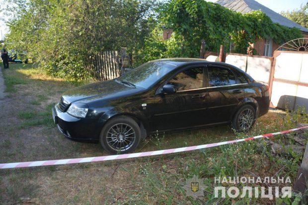 На Харьковщине полицейские задержали мужчину за нападение на водителя такси