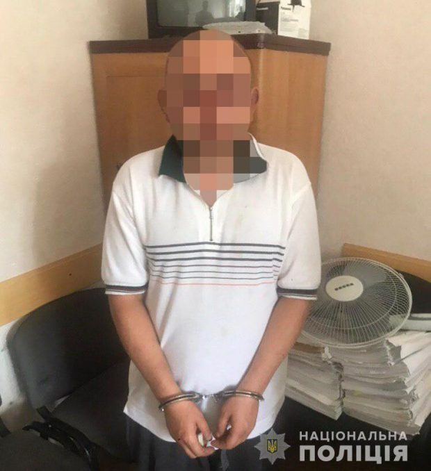 На Харьковщине задержали мужчину, который 14 лет жил под чужим именем