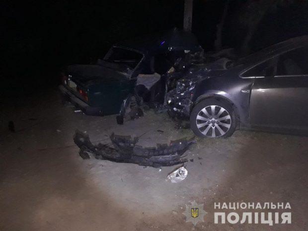 На Харьковщине в результате аварии погибли молодой парень и маленький мальчик
