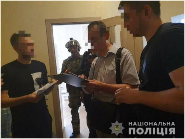 Харьковские правоохранители разоблачили мужчин, которые оставляли сообщения о ложных заминированиях по всему городу