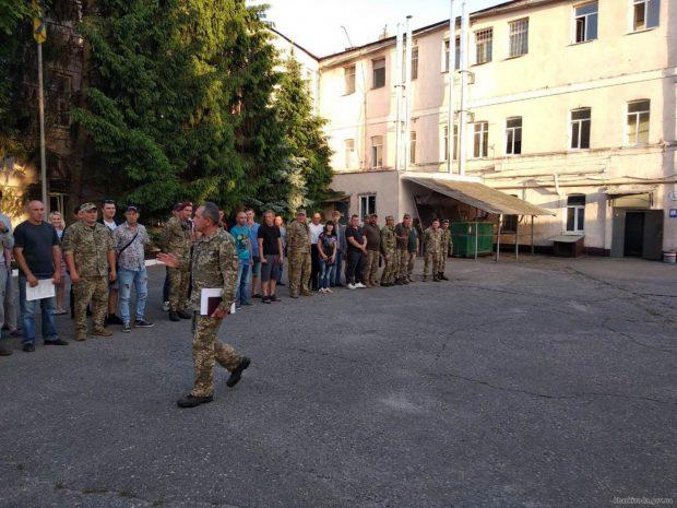 В 2019 году на Харьковщине около 1000 человек стали воинами-контрактниками