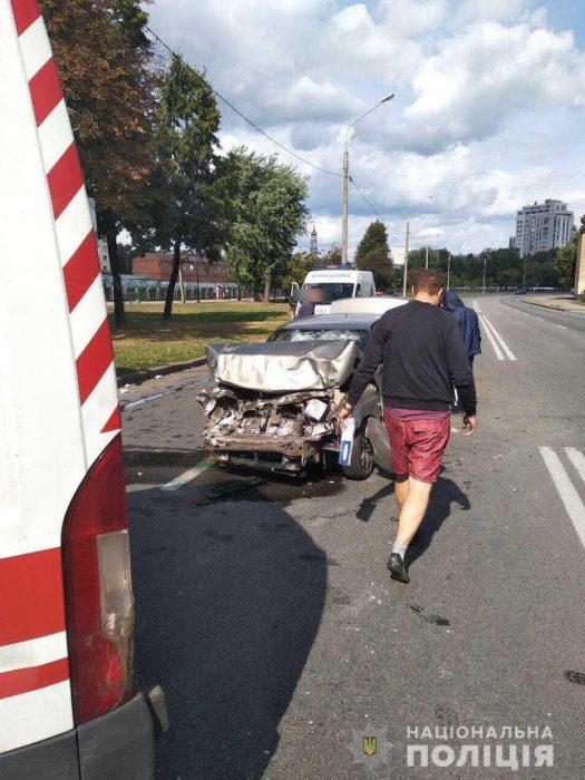 В аварии на набережной пострадали пять человек