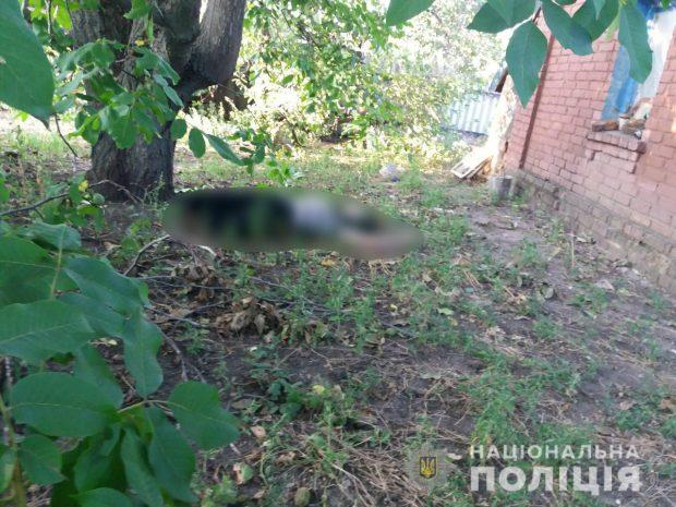 Под Харьковом повесилась 15-летняя девочка из-за несчастной любви