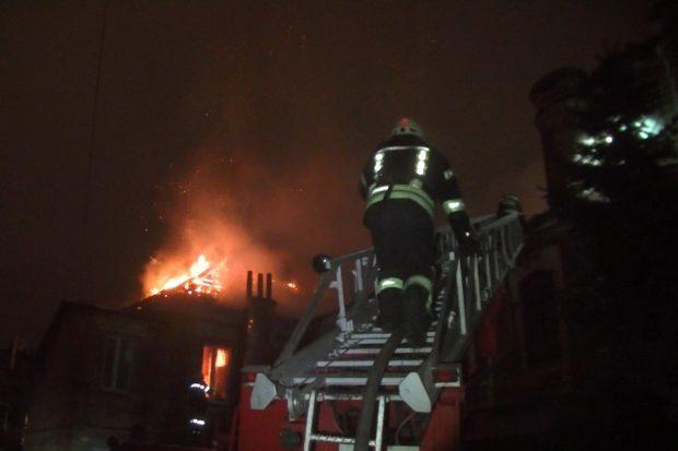 Пожар в доме в Классическом переулке Харькова