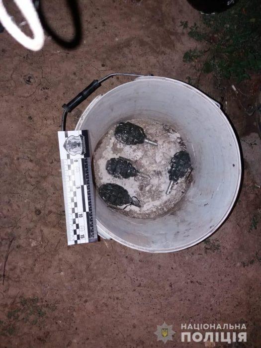 В Харькове у мужчины изъяли самодельные взрывные устройства