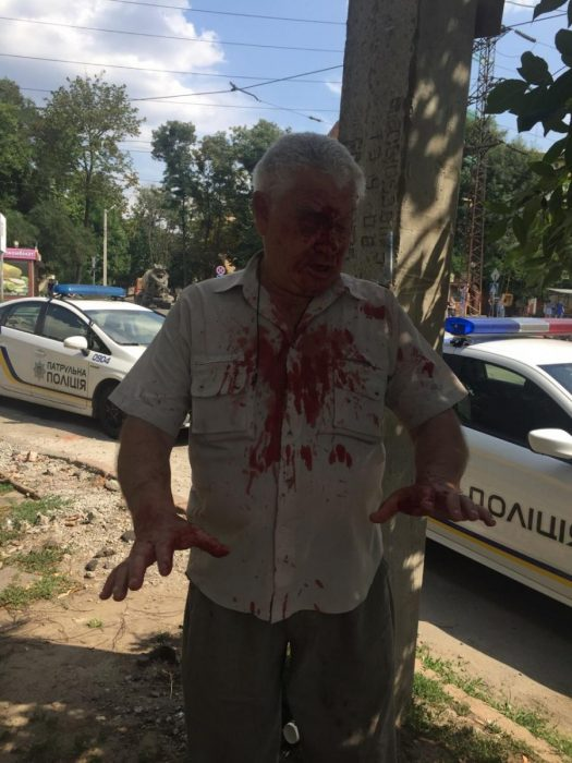 В Харькове участковый инспектор полиции избил пенсионера