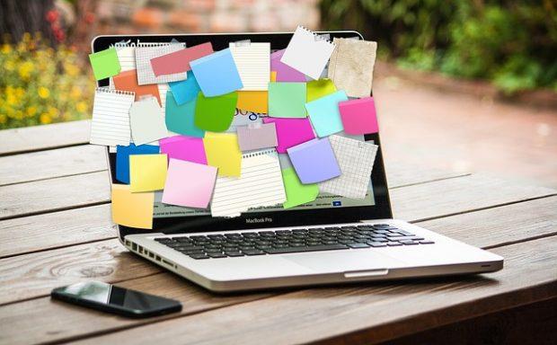 Ноутбук, дедлайн, офис, работа