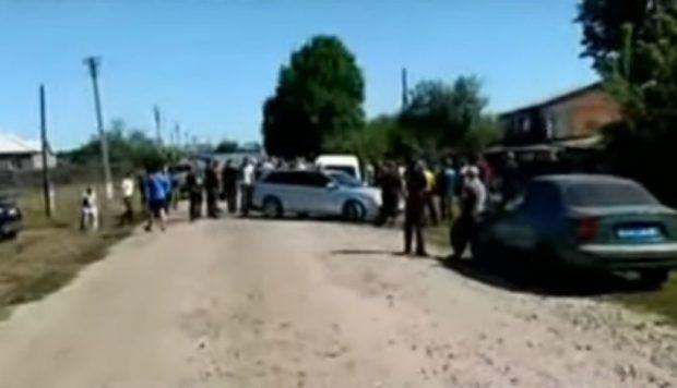 """Совершено нападение на журналистов """"112 Украина"""", снимавших незаконную вырубку леса, которую требовал пресечь Зеленский"""