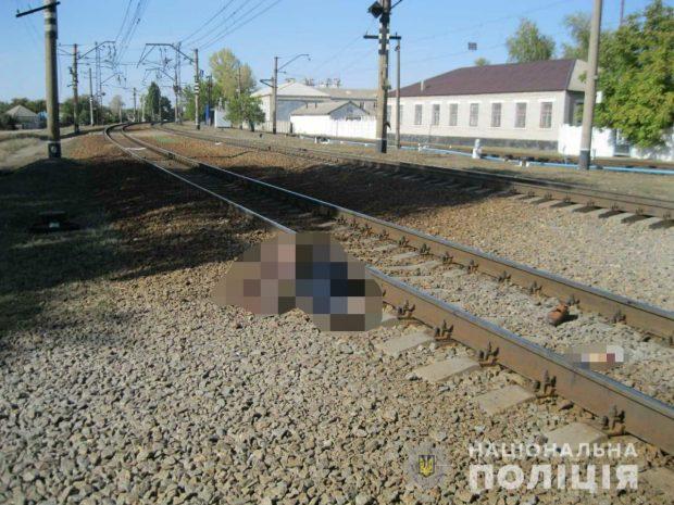 Под Харьковом мужчина бросился под поезд