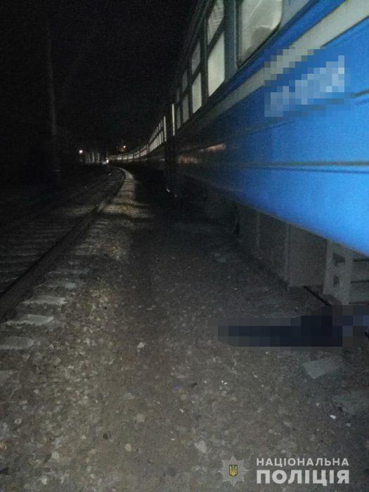 Электричка насмерть сбила мужчину в Харькове