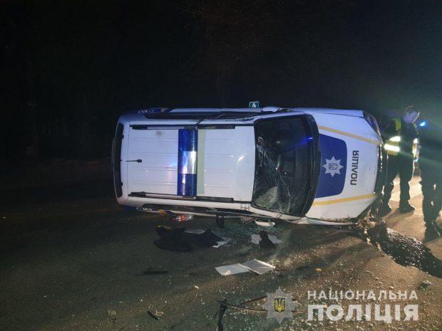 В Харькове произошла авария с участием полицейского автомобиля