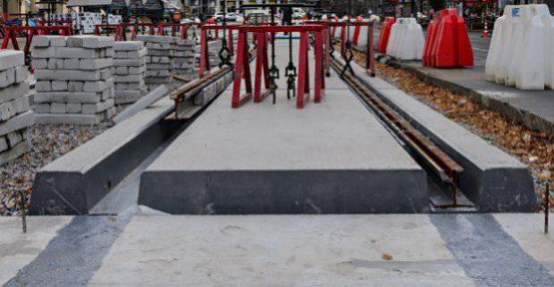 В Харькове ремонтируют крупный трамвайный перекресток