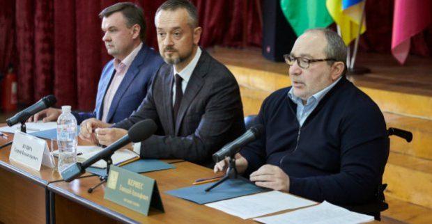Кернес: Горсовет берет под контроль решение проблем на коксовом заводе
