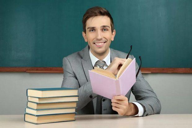 Преподаватели по английскому
