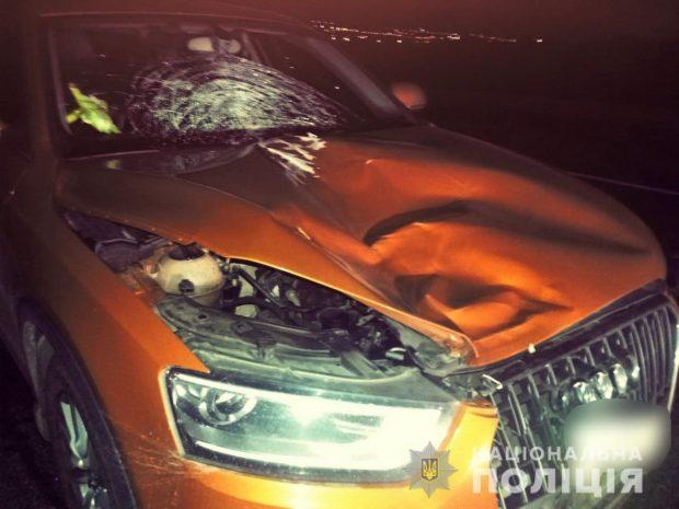 В Харькове под колеса автомобилей попали два пешехода
