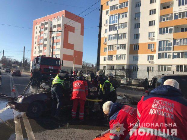 В Харькове пассажирка автомобиля погибла в результате ДТП