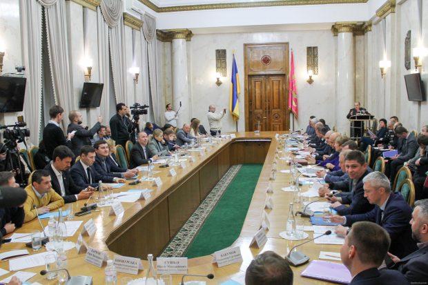 Комитет ВР в Харькове рассмотрел нарушения в сфере экологии, ремонта дорог и при восстановлении Балаклеи