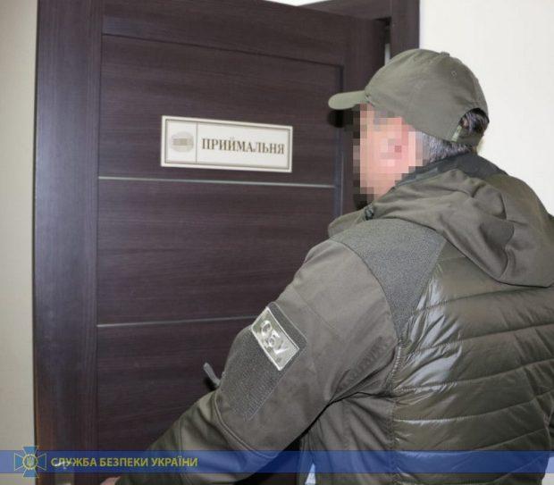 Руководство департамента Харьковского горсовета присвоило миллионы гривен при ремонте дорог