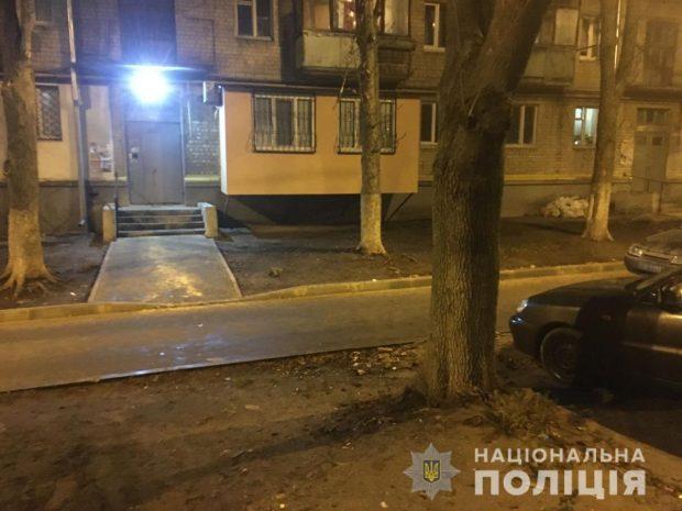 В Харькове женщина в ходе конфликта едва не убила малознакомого мужчину