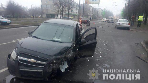 В результате ДТП в Харькове пострадали женщина и ребенок