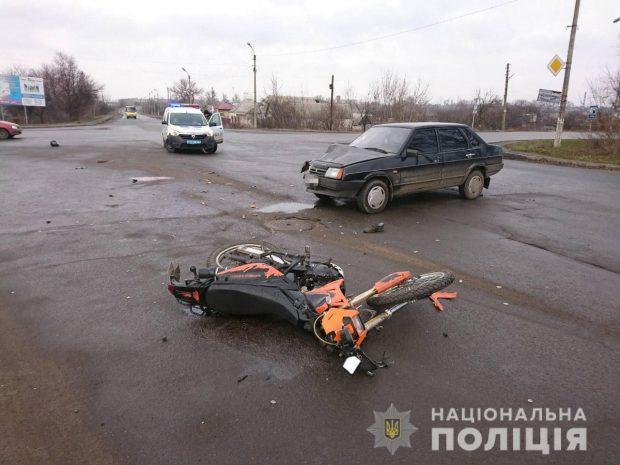 На Харьковщине в результате аварии погиб мотоциклист
