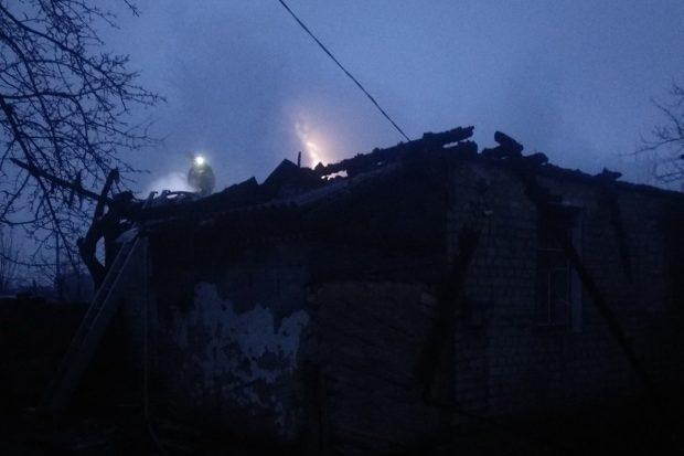 Под Харьковом из-за проблем с печью сгорел дом