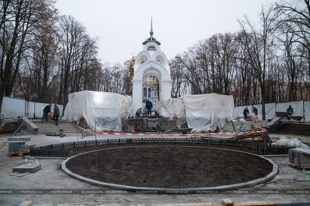 «Зеркальную струю» готовят к открытию после ремонта