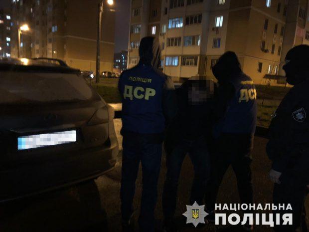В Харькове полиция задержала группу похитителей элитных автомобилей