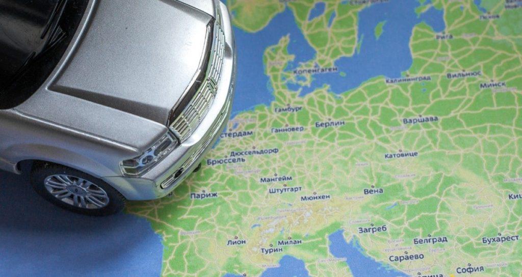 Как выехать на своем авто за границу: нюансы страхования