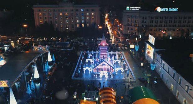 Кернес показал, как выглядит дом Деда Мороза на площади Свободы за 6,2 млн гривен