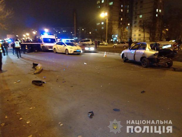 В Харькове пьяный водитель спровоцировал ДТП и пытался скрыться с места аварии