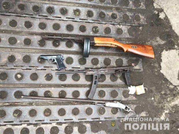Под Харьковом у мужчины обнаружили арсенал с оружием Второй мировой войны