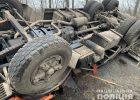 Под Харьковом перевернулся грузовик