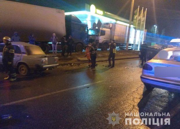 В Харькове в результате аварии погиб водитель автомобиля