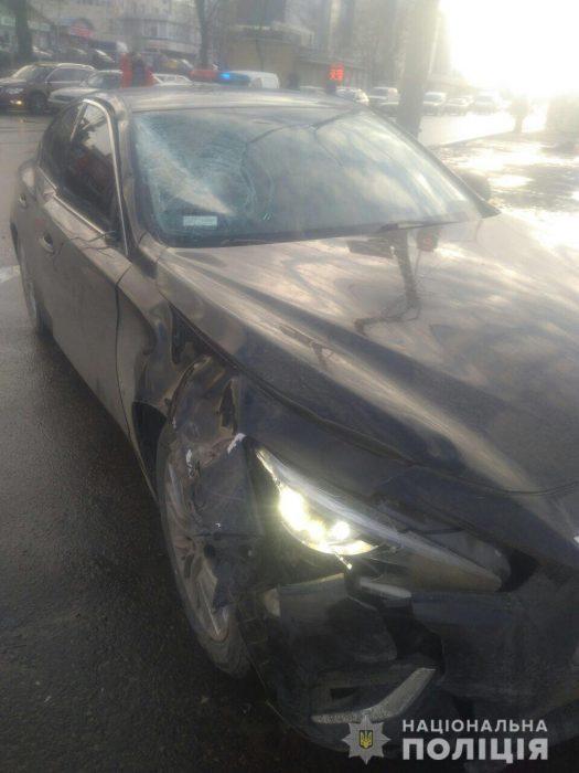 Пешехода на Салтовке сбил иностранец: полиция задержала водителя