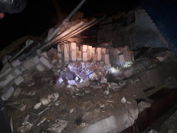 Под Харьковом рухнула стена здания: есть погибшие