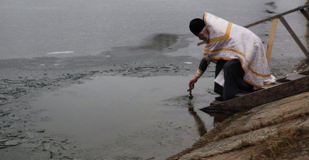 На комплексах водоподготовки «Донец» и «Днепр» КП «Харьковводоканал» освятили воду