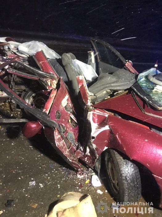 В автокатастрофе под Харьковом погибли пять человек