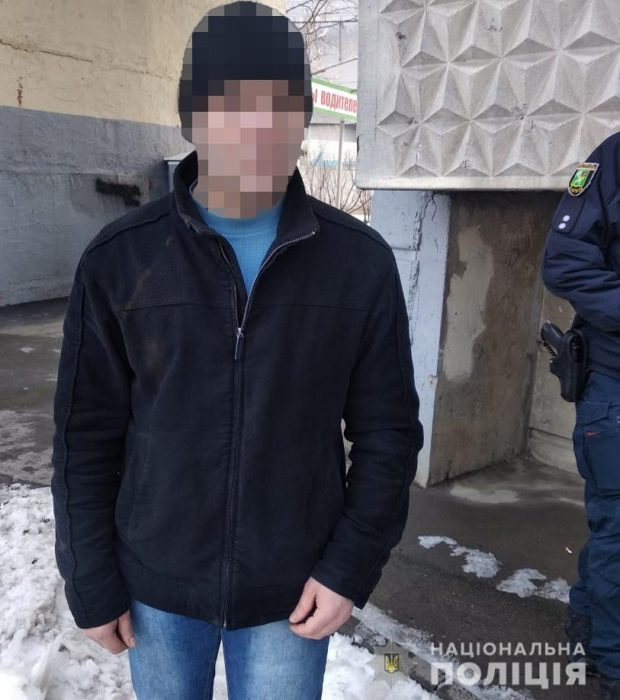 На Алексеевке мужчина до смерти забил свою мать