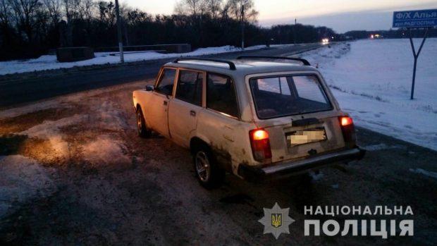 Под Харьковом 20-летний парень решил покататься на чужом автомобиле